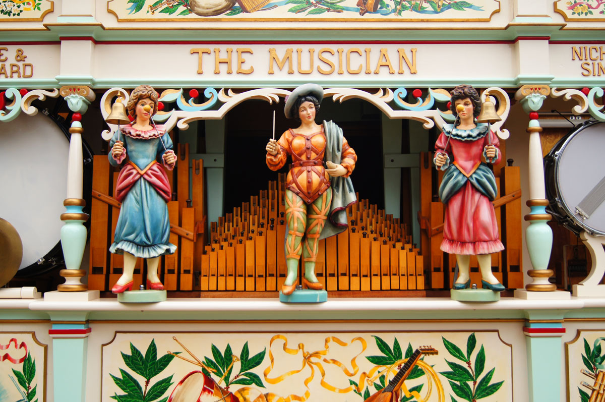 Decorated organ figures - AC Pilmer