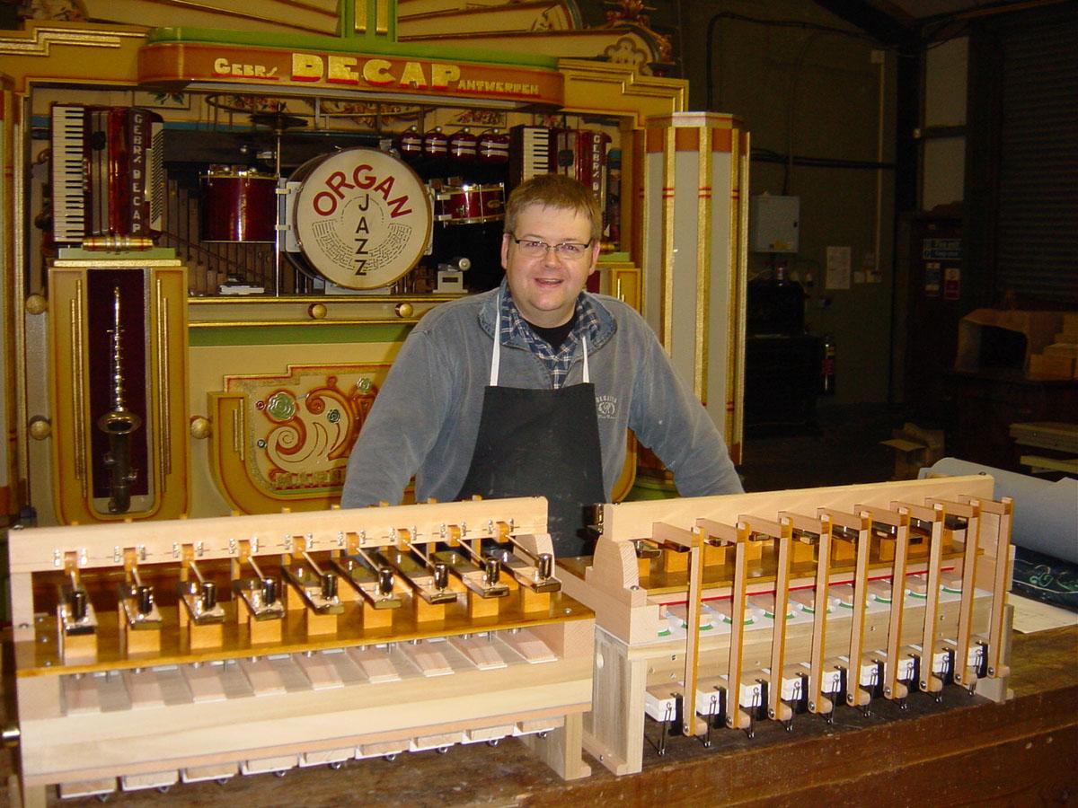Russell Wattam with glockenspiel unit - AC Pilmer